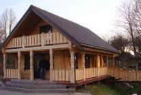 Rąstinis namas (3)